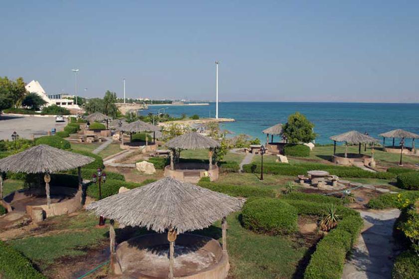 پارک ساحلی میر مهنا در جزیره کیش