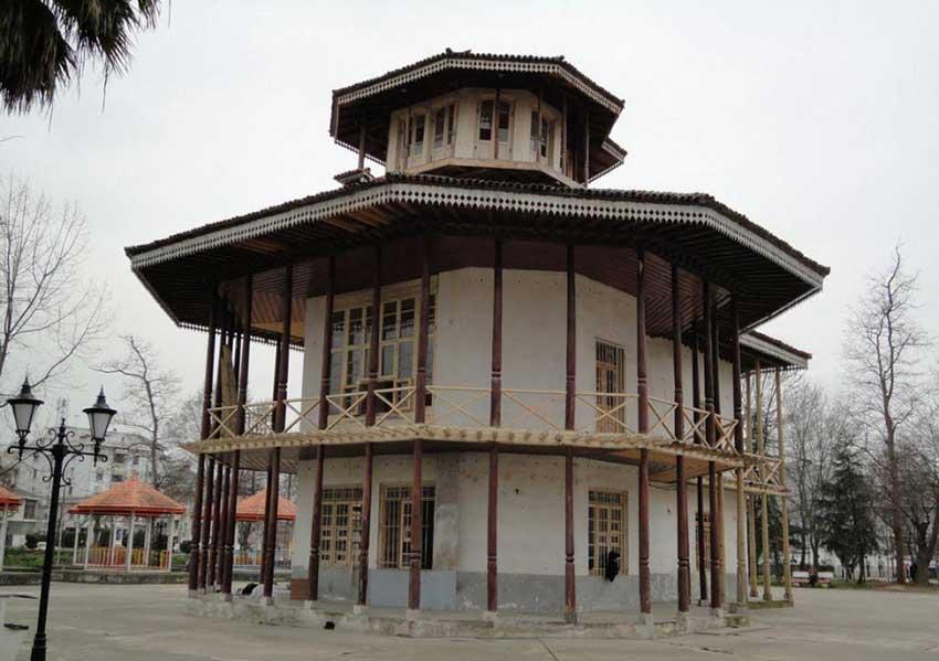 عمارت کلاه فرنگی در بندرعباس