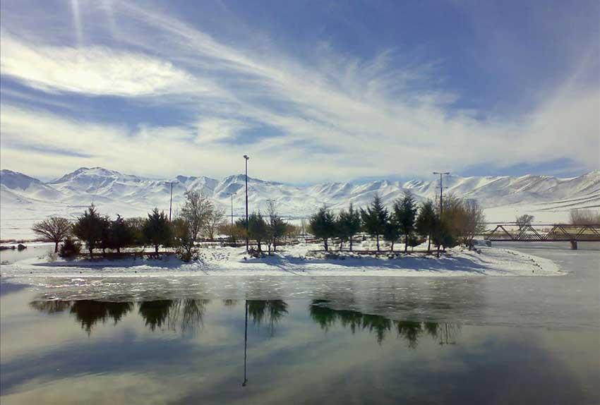 دریاچه سراب کوثر در کردستان