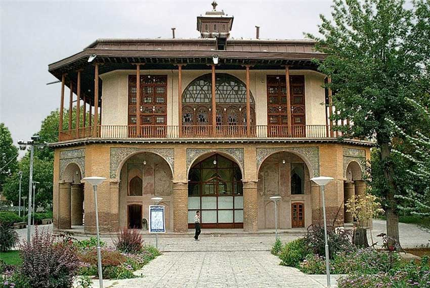 عمارت کلاه فرنگی در شیراز
